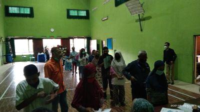 Penyaluran Bantuan Sosial Tunai Tahap 5 dan 6 Tahun 2021 Desa Tambak Asri